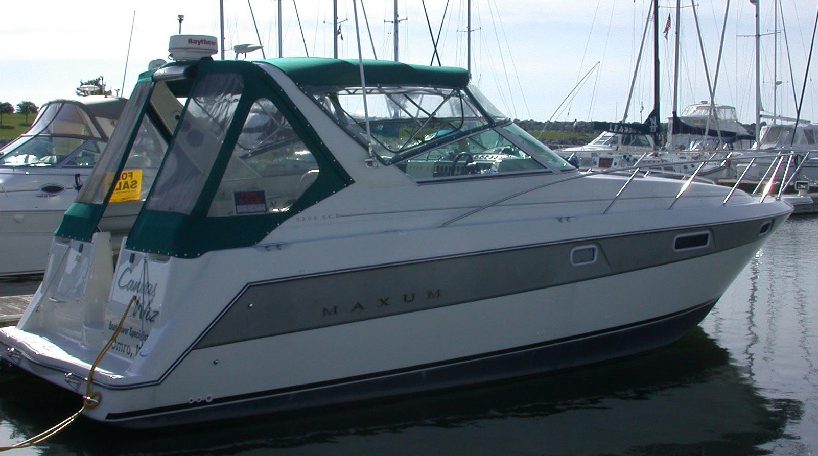 Pontoon Boat Enclosures >> Custom Marine Sunbrella Canvas Enclosures: Canvas Wiz ...