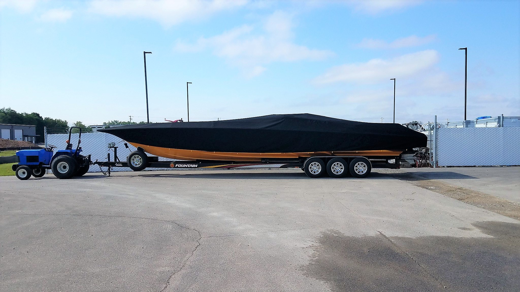 Custom Sunbrella Boat Cover: Fountain 42' Lightning mooring cover with custom drops