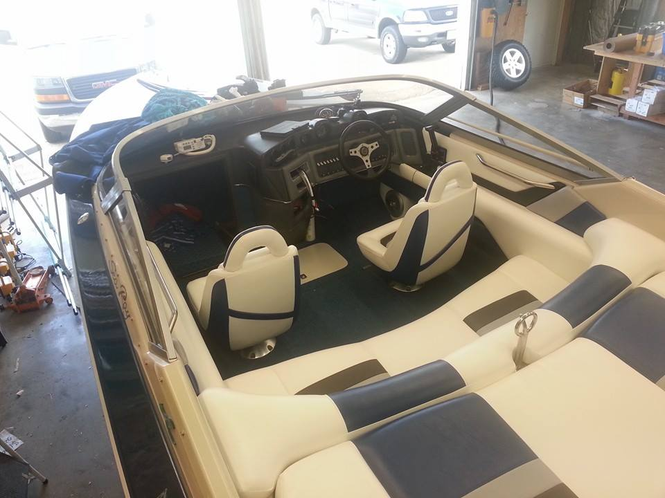 Custom Marine Interiors, Upholstery, and Carpeting: Rear view of the Sea Ray Pachanga 22 comepleted project