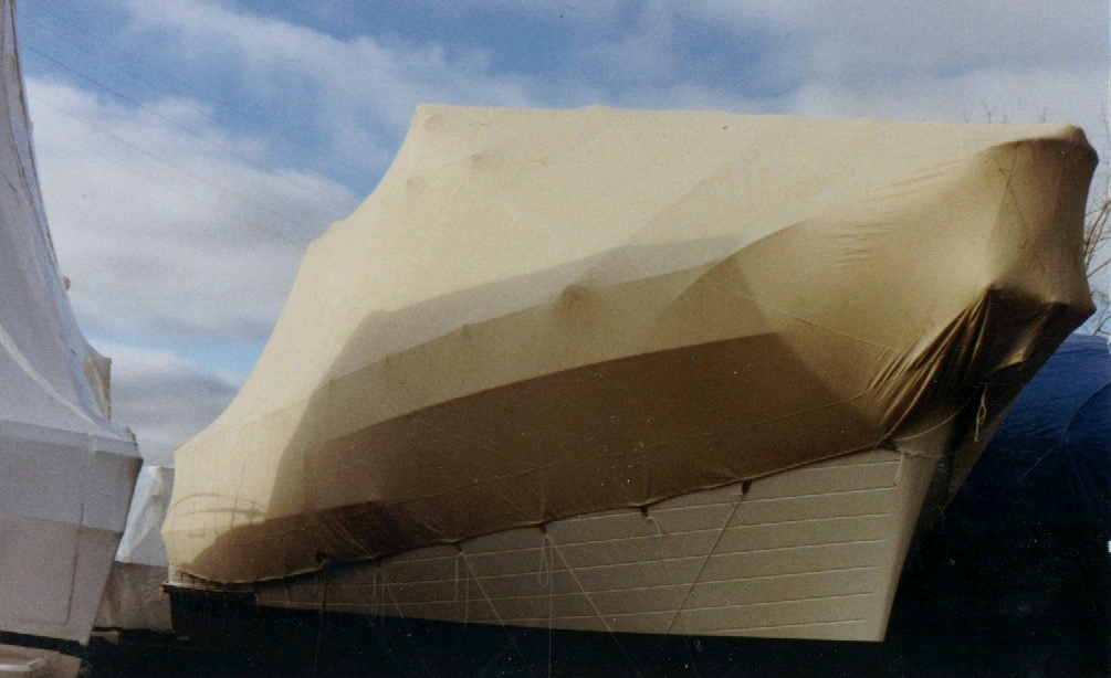 Custom Marine/Boat/Yacht Winter Cover: Winter cover